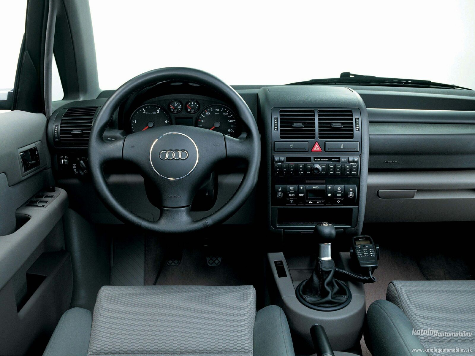 Auto wallpapers audi a2 for Interieur 2000
