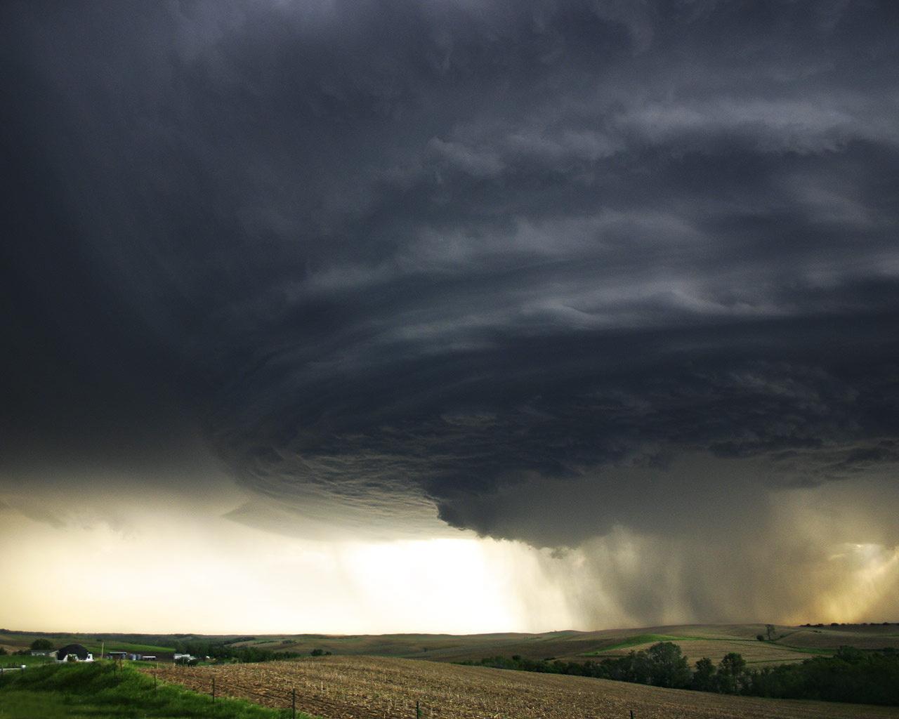 Wallpapers Storm